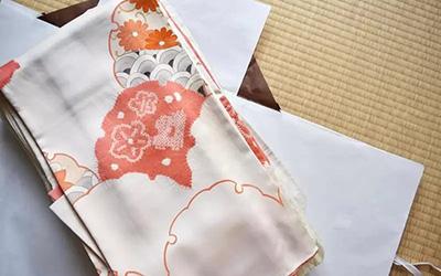 たとう紙の代用品は100均で買える!着物を長持ちさせる保管方法!