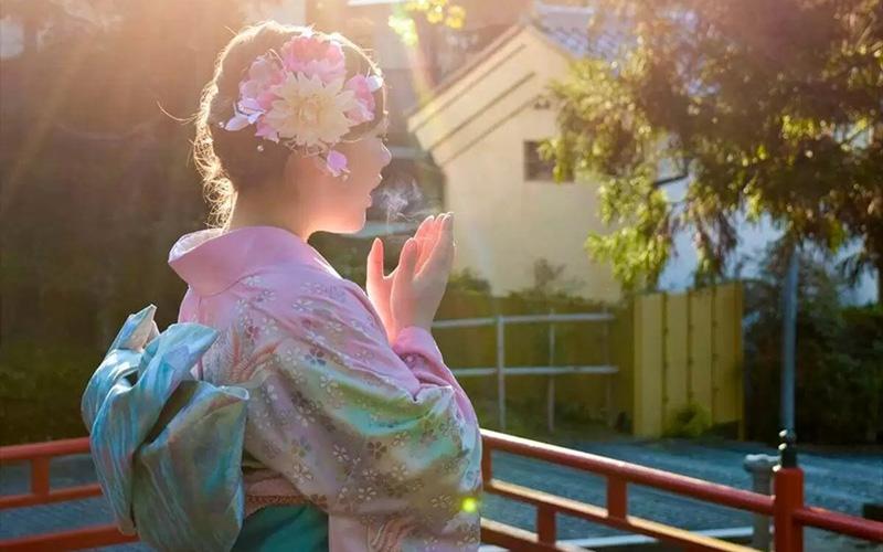 桜柄の着物は通年着ても大丈夫?気になるマナーをご紹介!