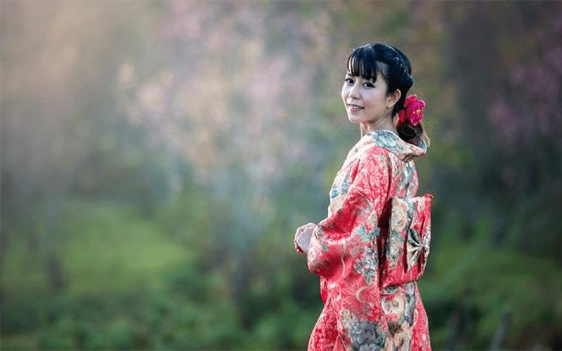 人間国宝・木村雨山とは?木村雨山の歴史や特徴的な着物作品について解説